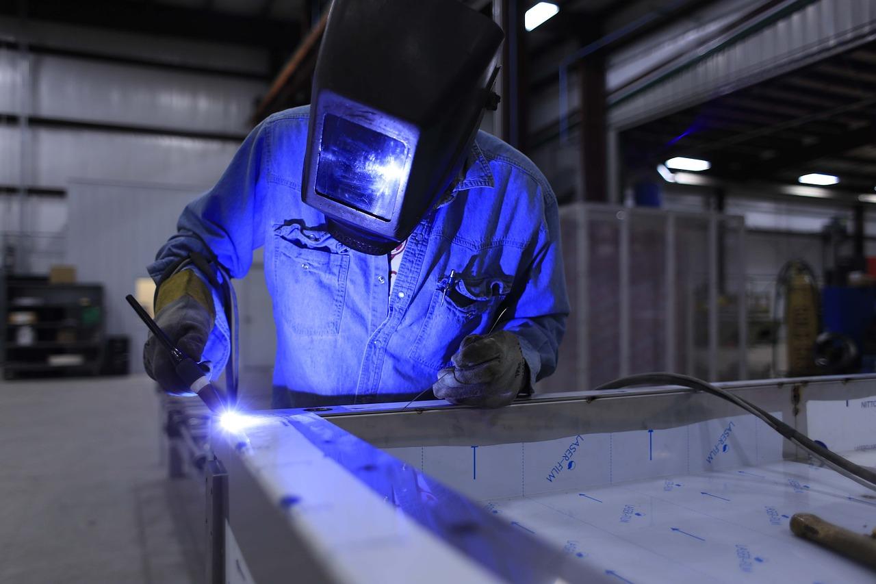 Custom manufacturing company